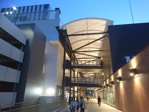 二俣川駅にて ジョイナステラス.JPG