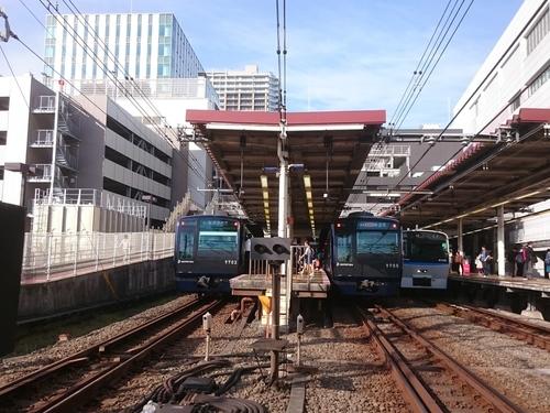 二俣川駅にて−2.JPG