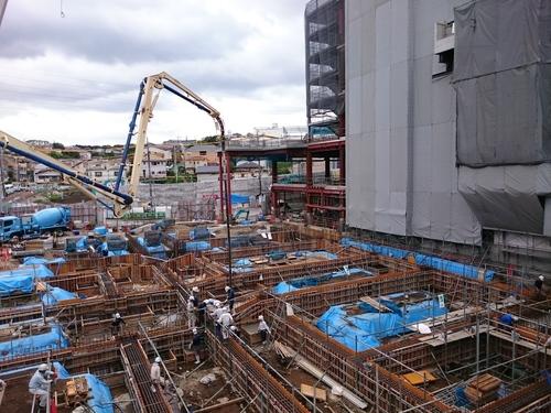 二俣川駅南口再開発−2.JPG