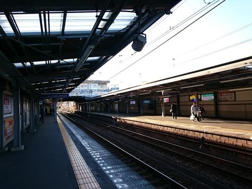 元旦の鶴ヶ峰駅−2.JPG